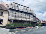 Fotogalerie: Bývalý hotel v Sedlčanech se mění na wellness centrum