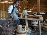 Skanzen ve Vysokém Chlumci dnes zaberou řemeslníci
