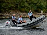 Hladinu Orlické přehrady křižovaly čluny Policie ČR a Státní plavební správy