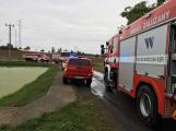 Po zásahu bleskem došlo k zahoření stodoly v obci Mýšlovice