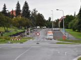 Projekt vyžaduje nové chodníky a prodlužuje uzavírku