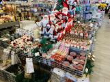 Vánoce se nezadržitelně blíží, v Příbrami se začínají prodávat ozdoby