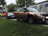 Tři havarované vozy komplikují provoz na Strakonické