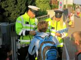 Policisté zvýší dohled u škol