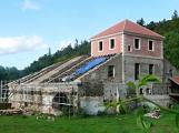 Barbora dostává novou střechu