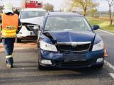Nehoda tří aut zkomplikovala jízdu po Strakonické