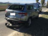 U Sedlčan blokuje provoz nehoda auta s motocyklem