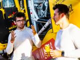 Poslední trénink před Dakarem: Pilot fanouškům dovolí počmárat svůj nový kamion
