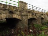 Miniaturní replice Karlova mostu svitla naděje. Petice na záchranu se dostala k památkářům