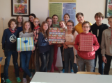 Krabice od bot potěší stovky dětí na Příbramsku