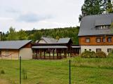 Lovecký zámeček v Brdech čeká již roky na rekonstrukci. Situaci zkomplikoval kůrovec