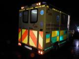 Opilého chodce porazilo auto. Policisté hledají svědky