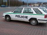 """V Příbrami jezdí """"policejní"""" felicie. Vzbuzuje zájem veřejnosti"""