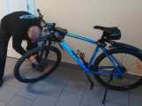 Příbramští strážníci zabezpečili proti odcizení 290 kol a vozíků