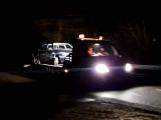 Opilý řidič havaroval na dálnici u sjezdu na Kytín. Policisté komunikaci uzavřeli