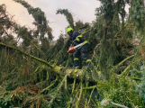 Silný vítr zaměstnal hasiče, vyjížděli ke 250 událostem