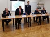 Premiér Babiš zavítal na hasičskou stanici v Příbrami
