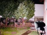 Polského řidiče kamionu navedla navigace až na zahradu rodinného domu