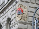 ČR má 298 případů koronaviru, téměř polovina nezná místo nákazy. Příbram uzavřela Městský úřad
