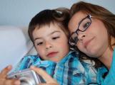 Ošetřovné bude náležet rodičům školáků do deseti let po celou dobu trvání epidemie