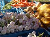 Ode dneška mohou otevřít řemeslníci, farmářské trhy nebo autobazary