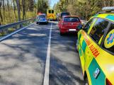 Na Příbramsku se srazily dvě motorky, na místo spěchal záchranářský vrtulník
