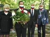Roušky v barvách státní vlajky