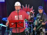 Frontman skupiny E!E: V Živáku do obýváku jsme si představili známý ksichty, hráli jsme jako vždy