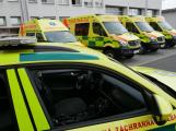 Zvuk sirén vozidel záchranné služby poděkuje všem zdravotníkům
