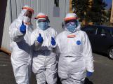 Odměny za dobu epidemie covidu-19 náleží podle odborů všem zdravotníkům