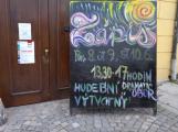 Umělecké školy: Pro úspěch při zkouškách je nutný talent i prohlášení o neinfekčnosti