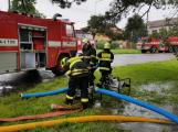 Intenzivní déšť vydatně zaměstnal středočeské hasiče