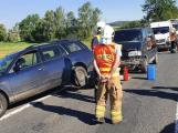 Hromadná nehoda zastavila provoz na silnici I/4, tvoří se několikakilometrové kolony