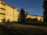 Nemocnice Na Pleši přes policejní vyšetřování pokračuje v provozu