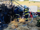 Hasiči vyjížděli k požáru dřevníku do Nečína