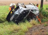 Policisté pátrají po svědcích havárie osobního vozidla u Chraštic