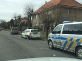 Policisté prošetřují nehodu v ulici Hornických učňů