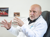 Ředitel příbramské nemocnice: Pokud se nic nepokazí, v pondělí odvoláme stav hromadného ohrožení osob