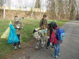 Dobrovolníci v sobotu sebrali 15 kubíků odpadu a 30 pytlů plastů