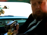 Starosta Příbrami zval lidi s pistolí v ruce do autokina, nakonec padl výstřel
