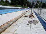 Venkovní bazén se připravuje na sezonu, otevírat by se mohl na začátku června