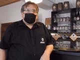 Majitel restaurace Janeček nebude kontrolovat u hostů doklad o bezinfekčnosti