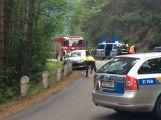 U Orlické přehrady auto srazilo čtyři chodce, jsou zranění (VIDEO)