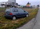 Na Dobříši se srazily dva vozy, naštěstí se nikdo nezranil