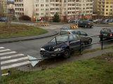 """Řidička nezvládla svůj vůz a porazila značku u """"Hypernovy"""""""