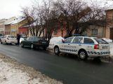 V Milínské se srazily dva vozy, projíždějte opatrně