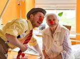 Zdravotní klauni navštívili LDN příbramské nemocnice