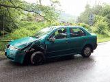 U Čenkova se srazily dva vozy, projíždějte opatrně