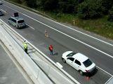 Dacia projela na dálnici dopravním značením