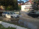 Prudká bouře zaplavila několik silnic v Příbrami
